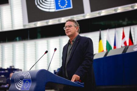 Αυτοί που ήθελαν την Ελλάδα εκτός ΕΕ το '15 κάνουν τα στραβά μάτια στη Διαφθορά της Βουλγαρίας σήμερα (+Video)